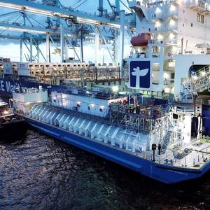 JAX LNG and TOTE Complete US' First Renewable LNG Bunkering