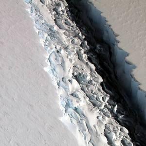 Vast Iceberg Poised to Crack off Antarctica