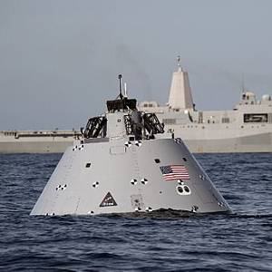 NASA, US Navy Practice Spacecraft Recovery at Sea