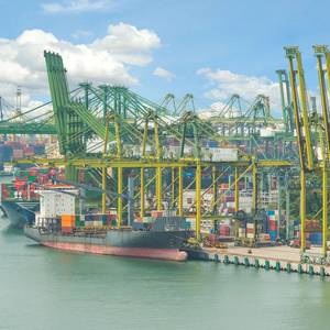 Singapore Awards Another $1.1 Bln for Mega-port Project