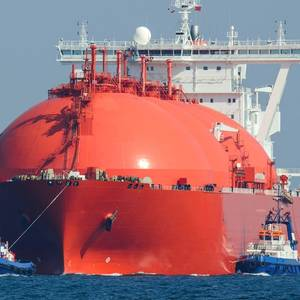 Floating LNG in Asia Finds Buyers as Prices Plunge