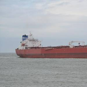 UK Police Questioning Stowaways Involved in Tanker Incident