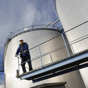 How Refiners Plan to Grapple With Fuel Oil Output After 2020