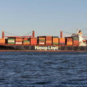 Container Shipping Giant Hapag-Lloyd Posts Near 10-fold Profit Rise in H1