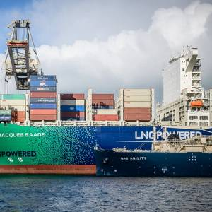 'Largest-ever' LNG Bunkering Operation Completed in Rotterdam
