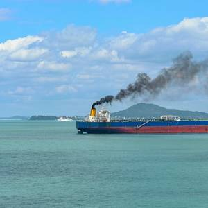 EU Pushes for Tougher Standards to Cut Shipping Emissions