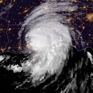 Hurricane Ida's Fury Cuts Deep into U.S. Oil Output, Gasoline Supplies