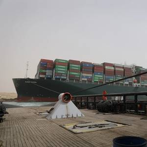 Owner of Ship Blocking Suez Canal Aims to Free It 'Tomorrow Night'