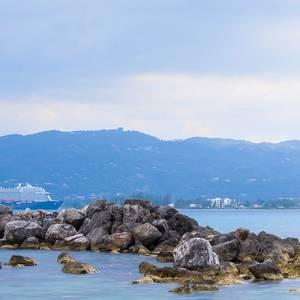 Crew on TUI Cruise Ship Test Positive for Coronavirus