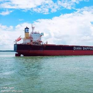 Diana Shipping Strikes Kamsarmax Charter Deal with Bocimar