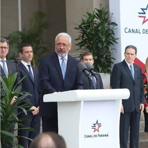 Dr. Ricaurte Takes Office as Panama Canal Administrator