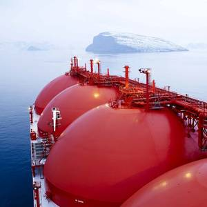 Asia's Soaring Gas Demand Beckons New LNG Projects