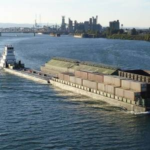 USCG Closes Missouri River to Traffic