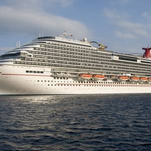 Cruise Ships Collide in Cozumel, Carnival Liner Damaged