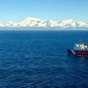 US Icebreaker Suffers Fire, Engine Failure