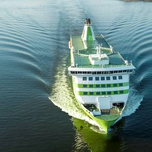 Baltic States Send Ships for Stranded Citizens