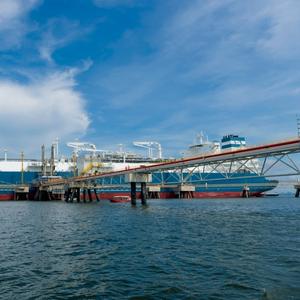 Höegh LNG to Supply FSRU in India in Q1 2021