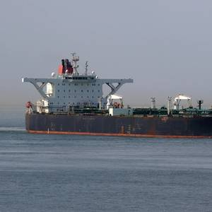 US Sanctions Four Shipping Firms for Transporting Venezuelan Oil