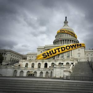 Offshore Terminal Plan Slowed by U.S. Shutdown