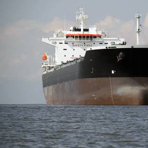 Lenders Back Initiative to Factor CO2 Cuts into Shipping Finance