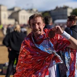Marathon Mariner Belcher Trains on Ship, Runs London 26.2 to Honor Crewmates