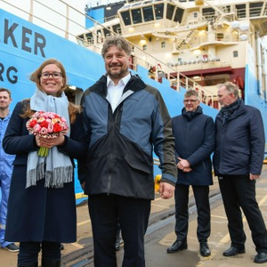 Kleven Delivers Maersk Anchor Handler