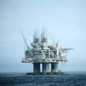 Canada: Hibernia Oil Platform Shuts Output after Leak