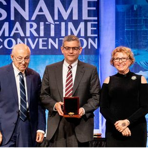 HII President and CEO Honored by SNAME