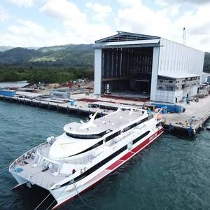 Austal Delivers Catamaran to BraveLine