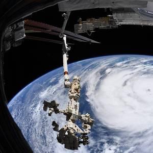 Hurricane Ida Shuts 96% of U.S. Gulf of Mexico Crude Output