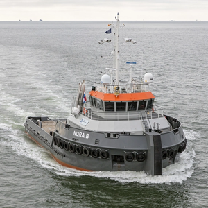 Radio Holland's NavCom for Hybrid MPSV