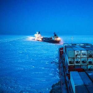 Russia Gearing Up for First LNG-fueled Icebreaker as Arctic Shipping Grows