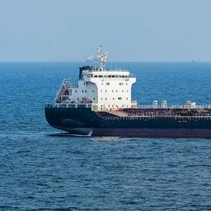 Canadian company ships solid oil sands bitumen to China