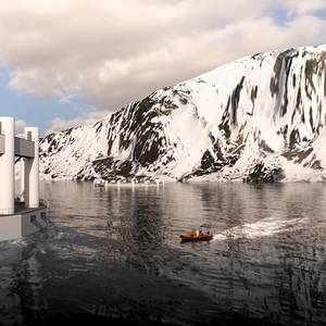 Remote-Controlled Submersible Fish Farm in Arctic Ocean