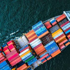 Seaspan Buys Two 13,000 TEU Containerships