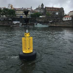 Case Study: Floating top marks for piles in flooding rivers