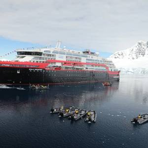 Hurtigruten Names World's 1st Hybrid Ship