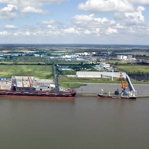 RWE Reserves German LNG Import Capacity