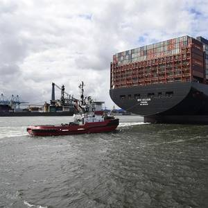 MSC Gulsun Arrives Rotterdam Port