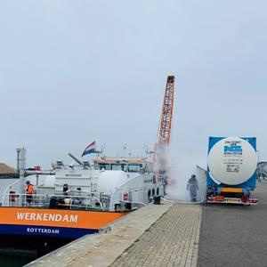 Titan Completes 1st LNG Bunkering in IJmuiden