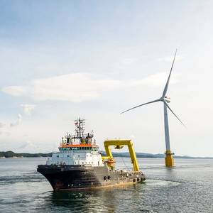 Offshore Wind Turns Shipping to Green