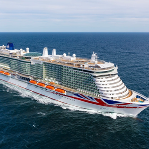 VIDEO: Meyer Werft Delivers Iona, Lagest Cruise Ship Ever Built for UK Market