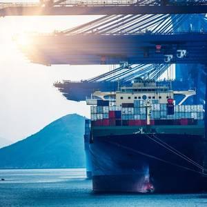 Deutsche Bank Sells $1 Bln Ship Loan Portfolio