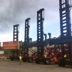 Kalmar Supplies Handlers to Shantou