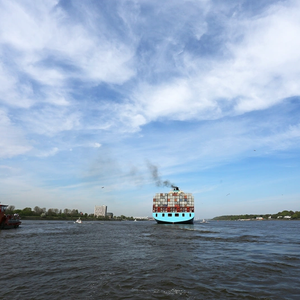 IMO Reaches Deal to Cut CO2 Emissions