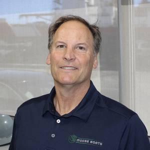 Moose Boats Hires Ken Royal as Sales VP