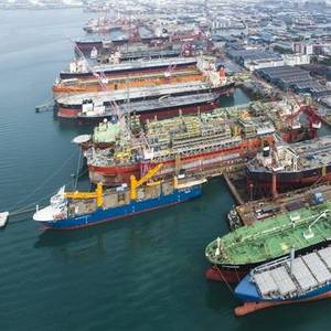 Keppel, Sembcorp Marine in Talks to Merge Offshore and Marine Units