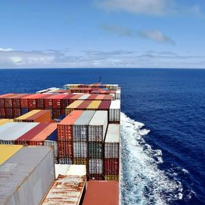 Seaspan Orders Two More Containerships