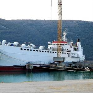 Livestock Carrier Returns to Spain After Months Stuck at Sea