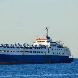 Greece Delivers Food to Cattle Ship Stuck at Sea